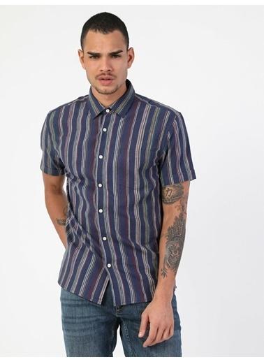 Colin's Slim Fit Shirt Neck Erkek Lacivert Kısa Kol Gömlek Lacivert